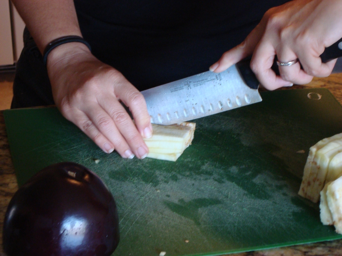 How to Chop Eggplant